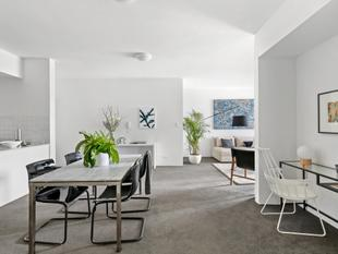Oversized City pad with secure parking - Chippendale