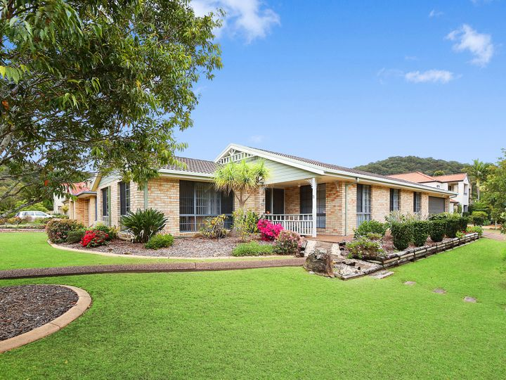 3 Manooka Road, Point Clare, NSW