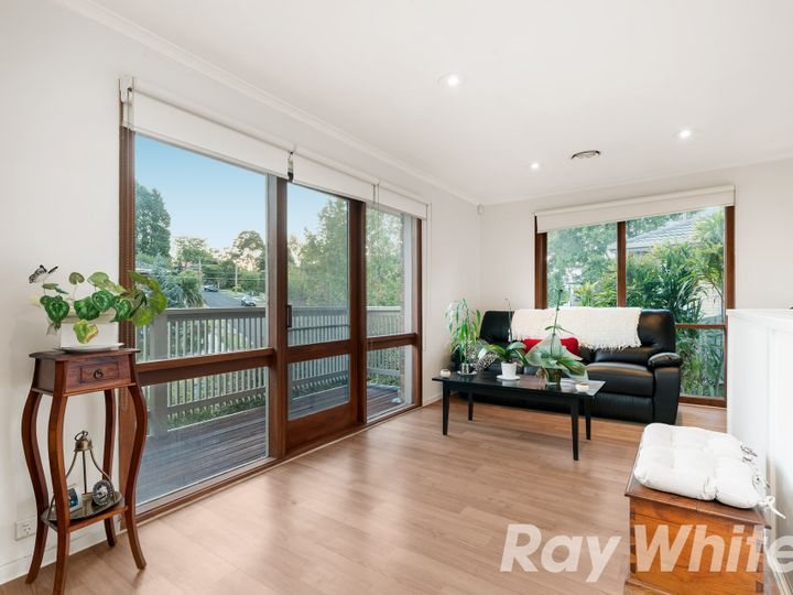 1 Gwyn Rise, Vermont South, VIC