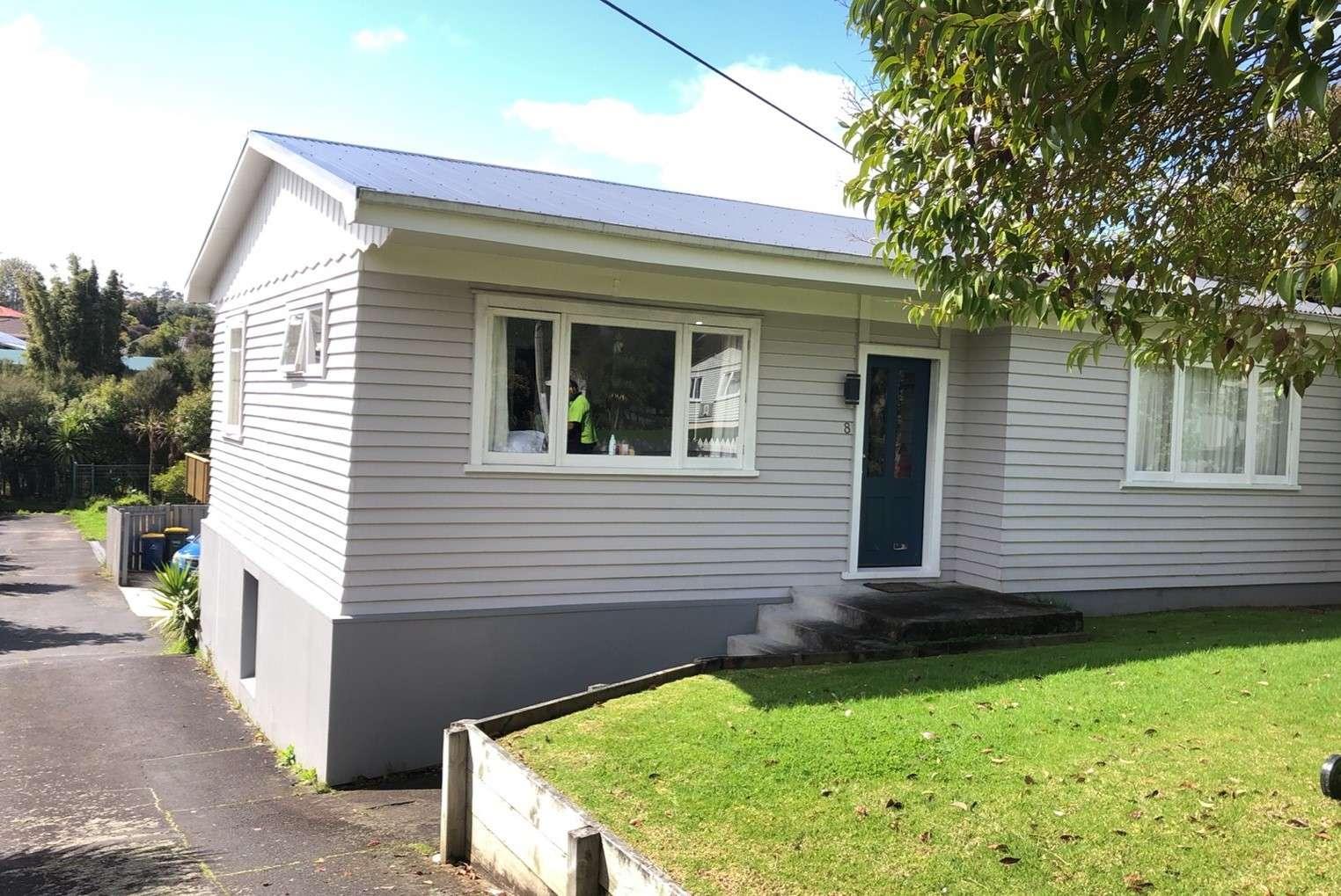 8 Woodglen Road, Glen Eden, Waitakere City 0602