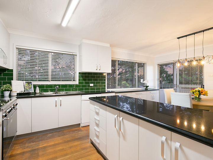 5 Azalea Avenue, Daisy Hill, QLD