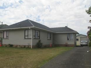 Reluctant sale ! present all offers - Otara