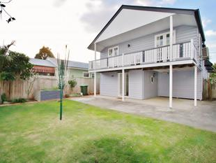 Fully Renovated - Loads of Air Cons - Pet Friendly - Graceville