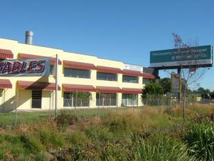 Industrial Unit With Great Exposure - Yatala