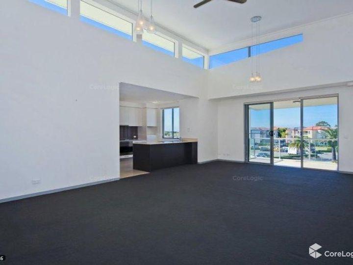 832/64-68 Sickle Avenue, Hope Island, QLD