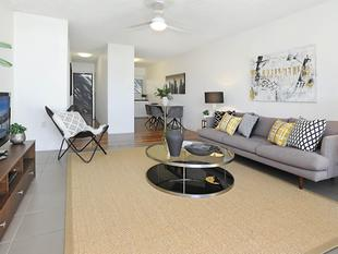 Fabulous Outlook - Huge Balcony and Awesome Location - Hamilton