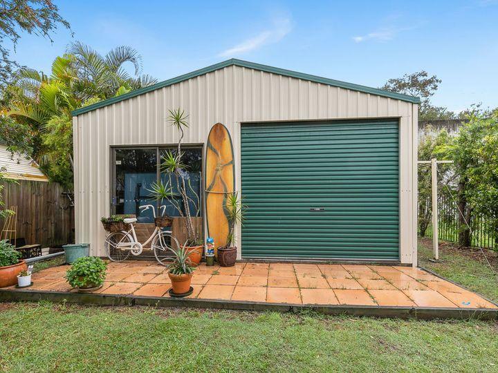 14A Clare Avenue, Wynnum West, QLD