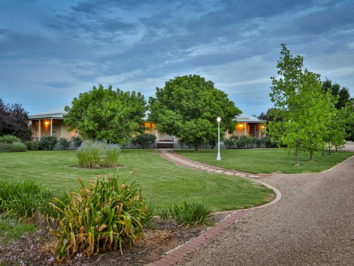 10 Grandview Way, Mildura, VIC