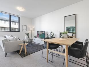 Modern Erko Apartment of Style, Space And Outdoor Allure - Erskineville