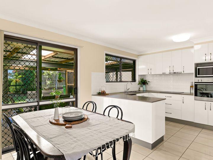 29 Kingsford Smith Drive, Wilsonton, QLD