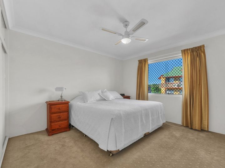 4/278 Cavendish Road, Coorparoo, QLD
