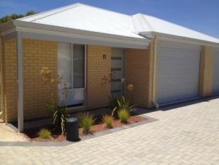 LOVELY 2 X 2 MODERN UNIT - Jurien Bay