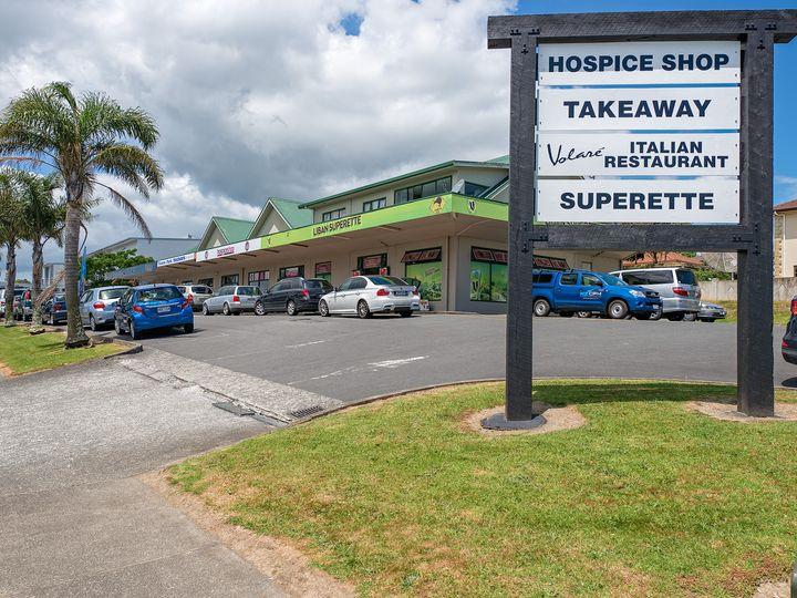 8 Nanleen Rise, The Gardens, Manukau City