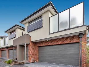 Superb & Convenient Townhouse! - Boronia