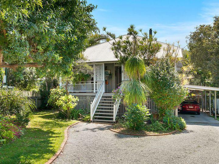 151 Hindes Street, Lota, QLD