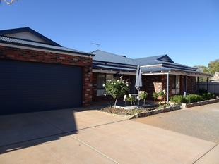 Modern Spacious Family Home - South Kalgoorlie
