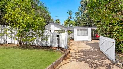 22 Griffith Street, Tamborine Mountain