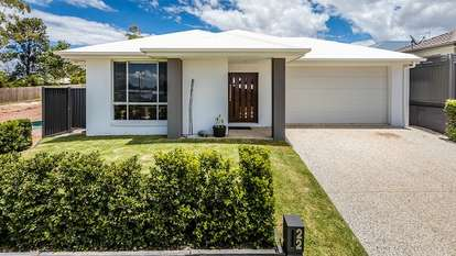 22 Lady Guinevere Circuit, Murrumba Downs