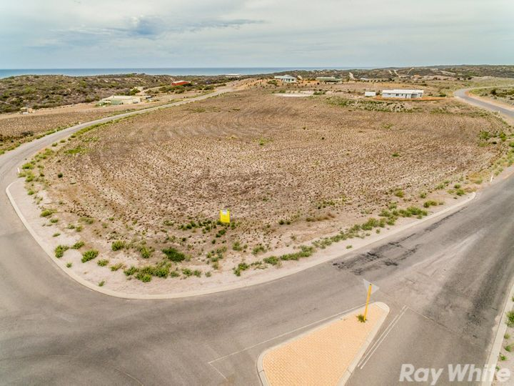 2 Abrolhos Close, Greenough, WA