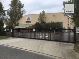2100 sqm Warehouse in Brendale - Brendale