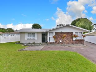 Simply Stunning....... Solid Brick Home - Mangere East