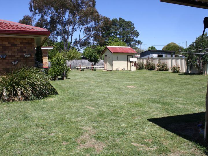 121 Lambeth, Glen Innes, NSW