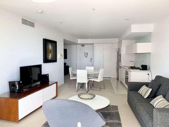 21103/21 Elizabeth Avenue, Broadbeach, QLD 4218