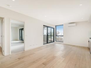 Brand new and design-savvy - Box Hill