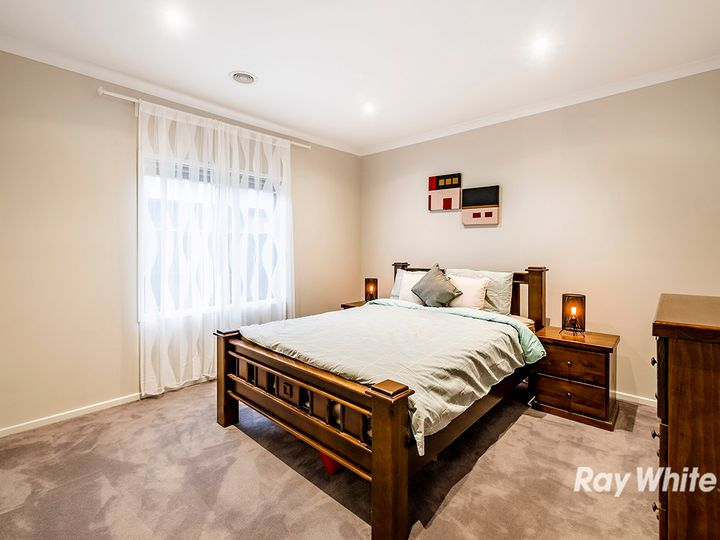 47 Belcam Circuit, Clyde North, VIC