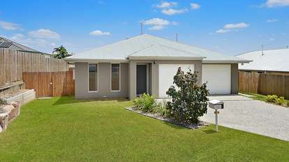 1 & 2/16 Muchow Road, Waterford West