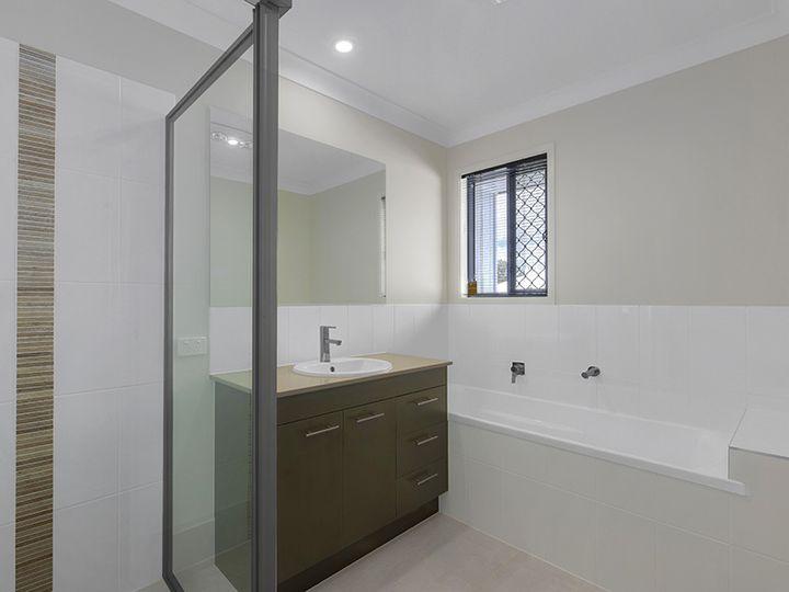16 Aldritt Place, Bridgeman Downs, QLD