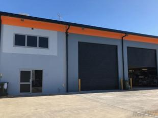 Great Warehouse/Office - Suits a Range of Users - Sumner