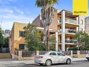 Modern Two Bedroom Two Bathroom Apartment Close to All Amenities! - Burwood