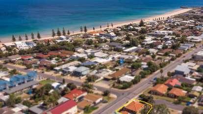 48 Roy Terrace, Christies Beach