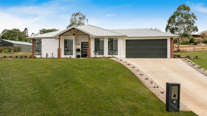 4 Birdsong Court, Gowrie Junction