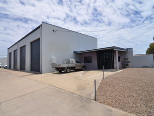 Modern free standing warehouse with offices - Garbutt