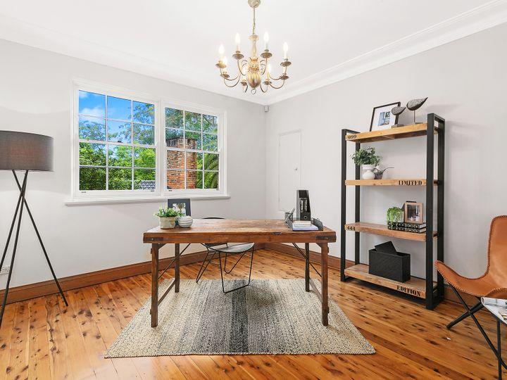11 Ku-Ring-Gai Avenue, Turramurra, NSW