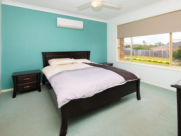 22 Clandon Street, Heritage Park, QLD