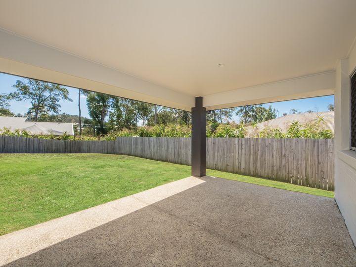 12 Murphys Lane, Oxenford, QLD