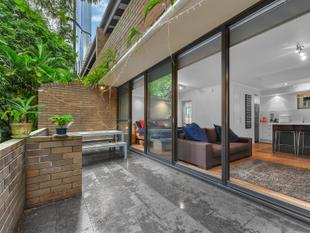 STUDIO APARTMENT AT THE GARDEN APARTMENTS ON ALICE STREET - Brisbane