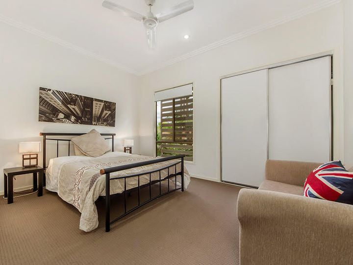 6/16 Careel Close, Helensvale, QLD