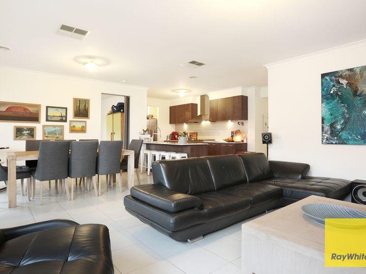 7 Solo Street, Point Cook, VIC