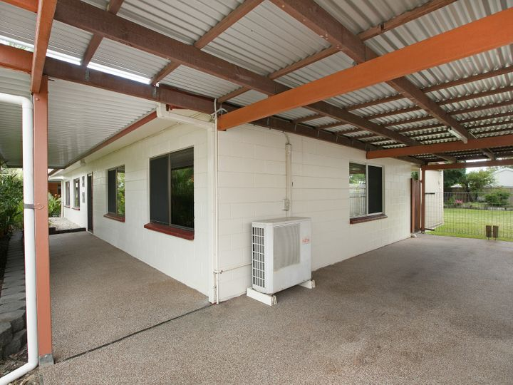 8 Whelk Close, Trinity Beach, QLD