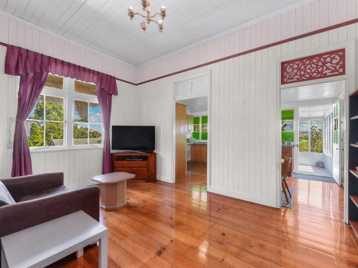 112 Abuklea Street, Newmarket, QLD