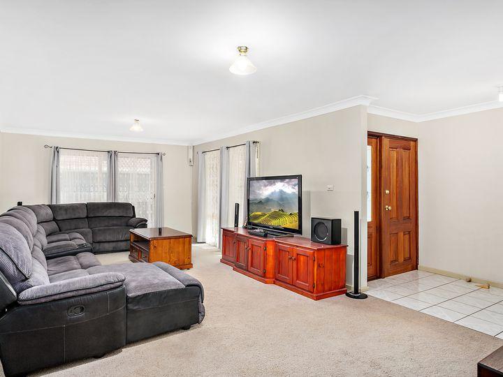 25 Bateman Avenue, Albion Park Rail, NSW