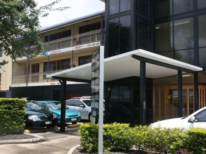 Unit 14 & 15  6 Vanessa Boulevard, Springwood, QLD