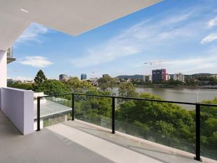 Price Slashed on this Brand New Absolute Riverfront Apartment - West End