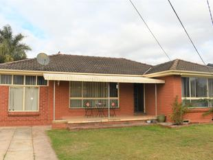 FAMILY HOME IN PERFECT LOCATION! - Mount Druitt