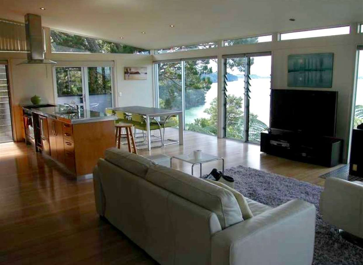 23 Cleve Road, Green Bay, Waitakere City 0604
