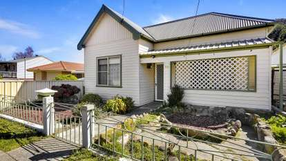 112 Bells Road, Lithgow